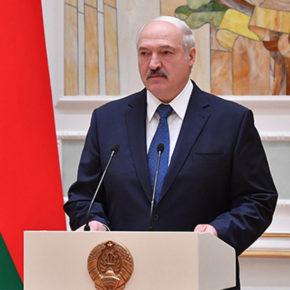 Białoruski prezydent krytykuje Rosję i chwali Polskę