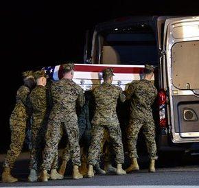 Śmiertelny atak na międzynarodową bazę w Iraku