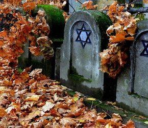 PiS i narodowcy za dotowaniem żydowskiego cmentarza