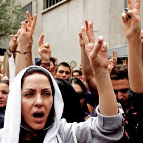 Irańscy Ormianie uczcili 100-lecie masakry ludności ormiańskiej