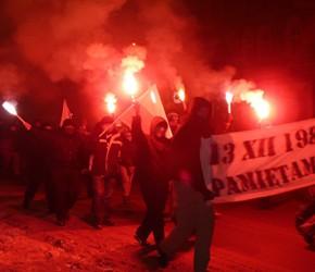 Poznań: Spontaniczna demonstracja w rocznicę wprowadzenia stanu wojennego