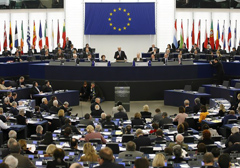 """""""Praca"""" europarlamentarzystów, czyli kopiuj-wklej pod dyktando lobbystów"""