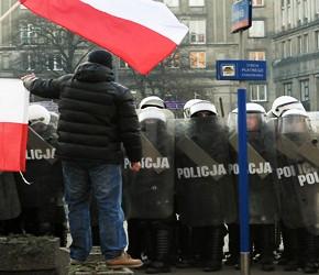 Polacy niechętnie protestują na ulicach