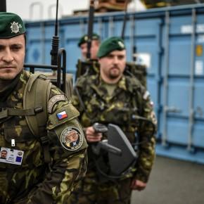 Czechy nie wykluczają wysłania wojsk na granicę