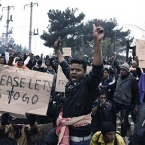Imigranci demonstrowali na granicy Grecji z Macedonią