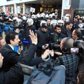 Turecka policja zajęła budynek koncernu medialnego