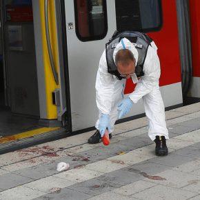 Niemcy: Atak ze strony islamistycznego nożownika