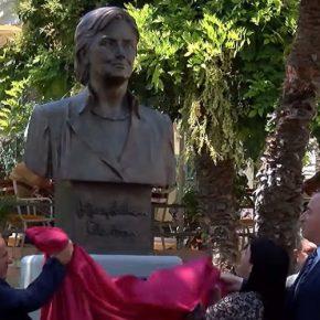 W Albanii stanął pomnik Hillary Clinton