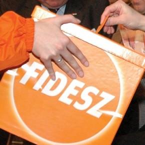 Węgry: Fidesz zbiera podpisy przeciwko kwotom uchodźców