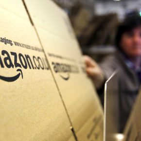 Amazon nie uległ Muzeum Auschwitz