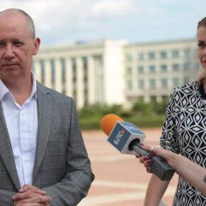 """""""Ruska onuca"""" czy białoruski opozycjonista?"""