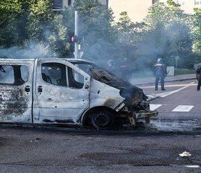 Czeczeni i Algierczycy walczą we Francji