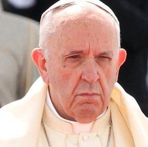Franciszek porównuje krytykę mniejszości do działań Hitlera