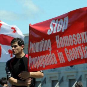 """Gruzini zablokowali """"paradę równości"""" (+WIDEO)"""