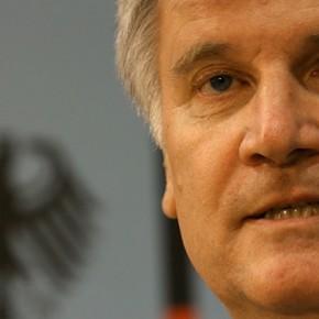 Premier Bawarii chce bronić się przed polityką imigracyjną rządu federalnego