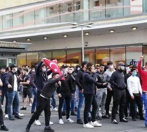 Austria: Tureccy nacjonaliści walczą z Kurdami i Antifą
