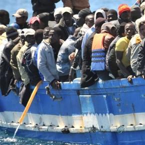 Burmistrz Lampedusy oskarża włoski rząd o bierność