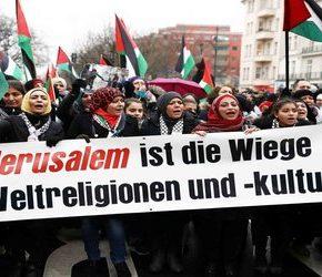 """Niemcy tuszują """"antysemityzm"""" imigrantów?"""