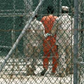 Francusko-algierski więzień oskarża Arabię Saudyjską o finansowanie Al-Kaidy