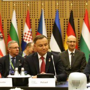Trójmorze z Niemcami i funduszem inwestycyjnym