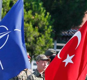 Turcja uzależnia obronę NATO od decyzji w sprawie Syrii