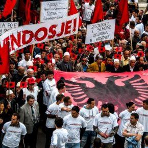 Przywódcy radykalnej kosowskiej opozycji z obywatelstwem Albanii