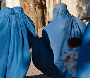 Talibowie zezwalają na edukację kobiet. Pod pewnymi warunkami