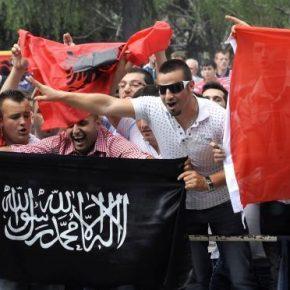 Albański ma być językiem urzędowym w Macedonii