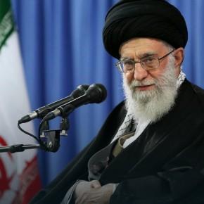 Duchowy przywódca Iranu chce reakcji na amerykańskie sankcje