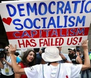 Czterech na dziesięciu Amerykanów chce socjalizmu