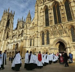 """Kościół Anglii ostrzega przed """"kulturowym imperializmem"""""""