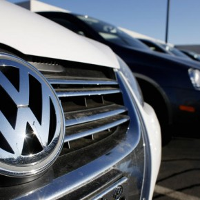 Volkswagen oszukiwał w sprawie emisji spalin