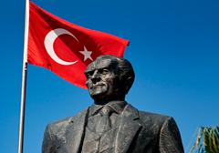 Turcja ukarana za wyrok ws. bezczeszczenia pomników Ataturka