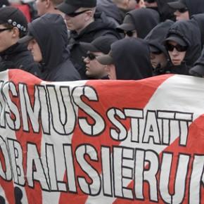 """Niemcy: Media przerażone wzrostem """"prawicowego ekstremizmu"""""""