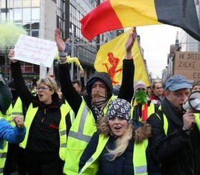 """""""Żółte kamizelki"""" dotarły do Belgii (+WIDEO)"""