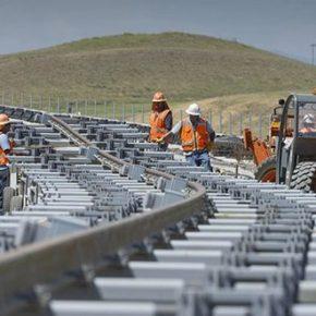 Węgrzy wybudują z Chińczykami szybką kolej do Serbii