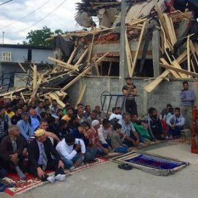 W Belgradzie zburzono nielegalny meczet