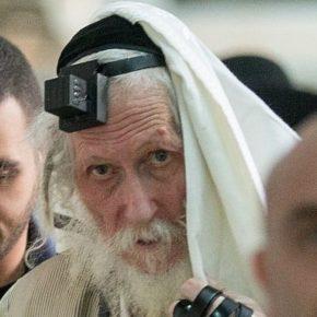 Zamieszki po aresztowaniu rabina oszukującego chorych