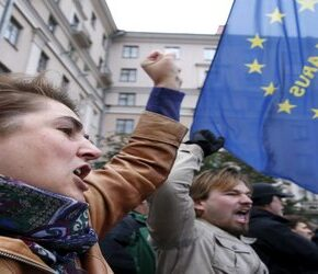 Emigracja z Białorusi? Biznes już czeka