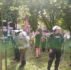 Białostocka policja zaatakowała przeciwników homopropagandy (+WIDEO)