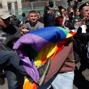 Rosyjski parlament odrzucił projekt kar za manifestowanie homoseksualizmu