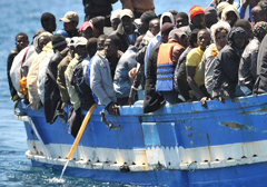 boat-immigrants