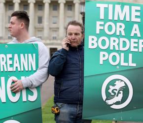 Brytyjczycy coraz mniej zainteresowani Irlandią Północną
