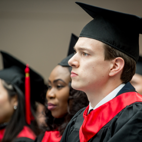 Biali dyskryminowani na brytyjskich uczelniach