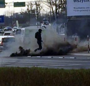 Białystok: Nacjonaliści solidarni z protestującymi rolnikami i nauczycielami (WIDEO)