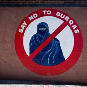 Niemcy za zakazem noszenia burki i przeciwko zniesieniu wiz dla Turków