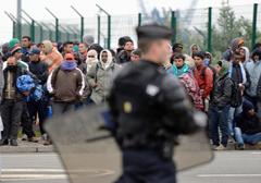 Francja: zamieszki przy likwidacji obozu imigrantów