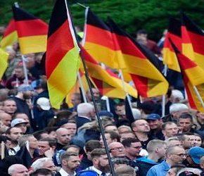 W Chemnitz uczczono ofiary imigrantów (+WIDEO)