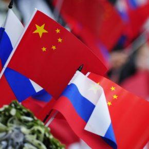 Chiny i Rosja zacieśniają pragmatyczną współpracę