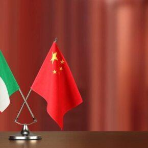 Amerykanie pouczają Włochów w sprawie Chin